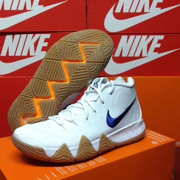 new style fa7a1 9c328 Nike Kyrie 4 Uncle Drew Men's 10 Basketball Shoes